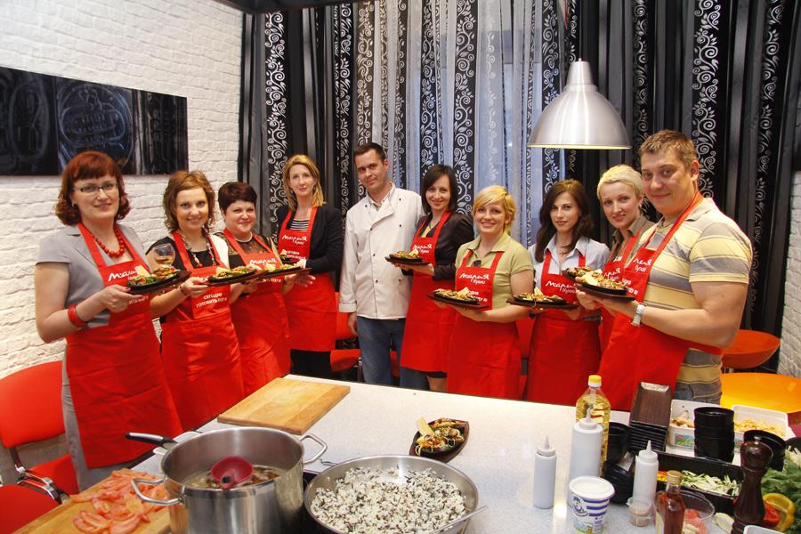 """Любите готовить и хотите научиться делать это профессионально.  В разделе  """"Кулинарные мастер-классы """" вы найдете..."""