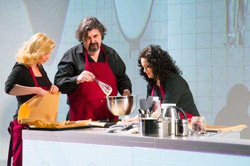 В МХТ им. Чехова пекут пироги на кухне «Мария»!